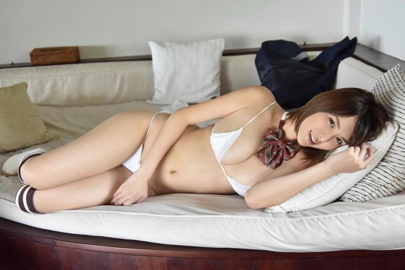 【奈月セナグラビア画像】モデル顔負けな長身にGカップ巨乳と巨尻のメリハリボディが激シコ! 79