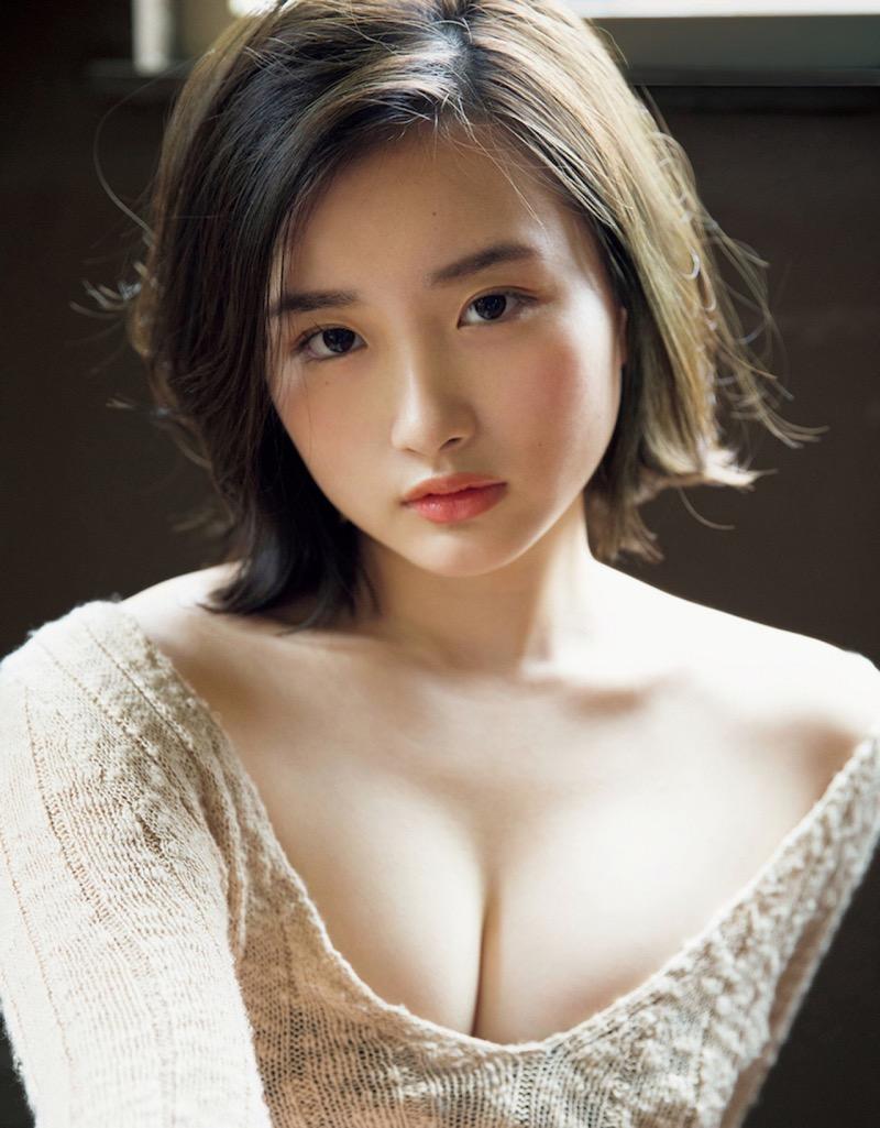 【安倍乙グラビア画像】素朴な雰囲気だけど時々感じるセクシーさが魅力的な10代の太眉美少女 29