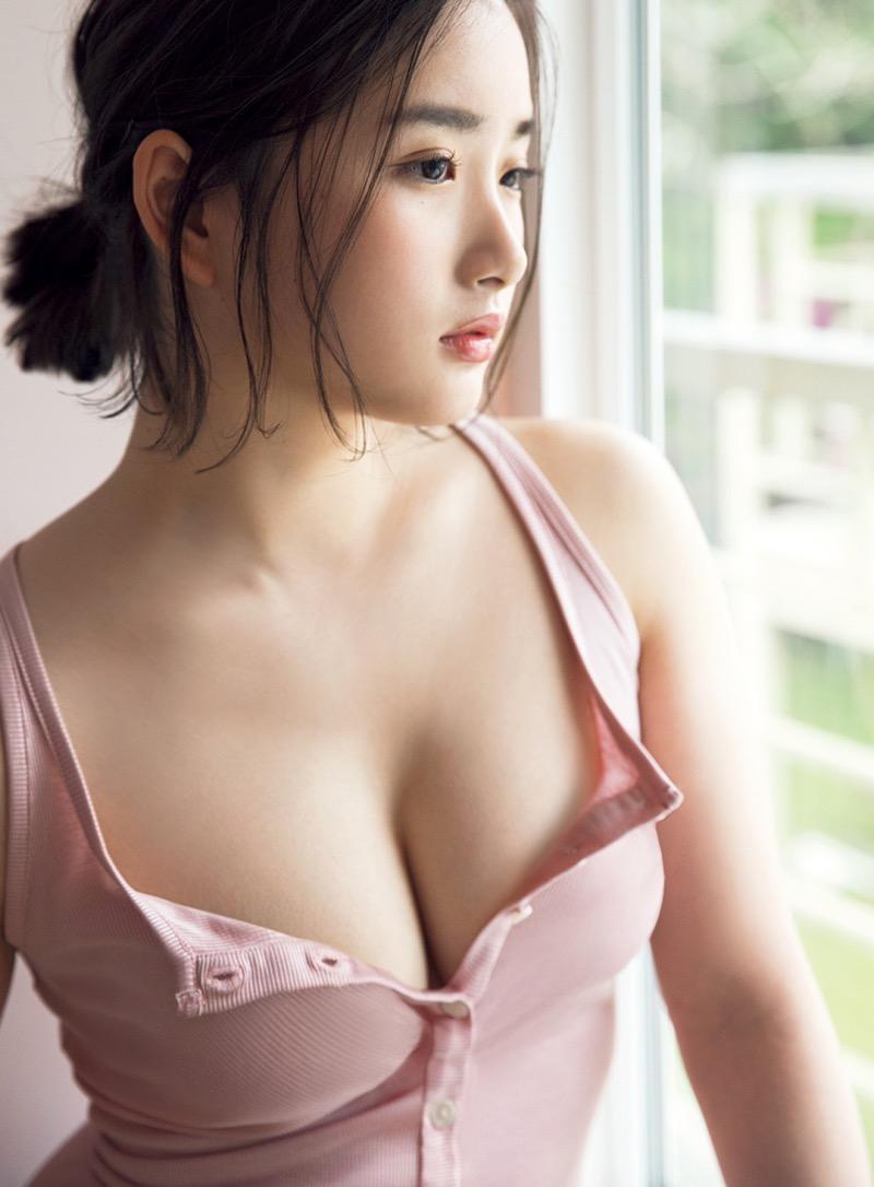 【安倍乙グラビア画像】素朴な雰囲気だけど時々感じるセクシーさが魅力的な10代の太眉美少女 39