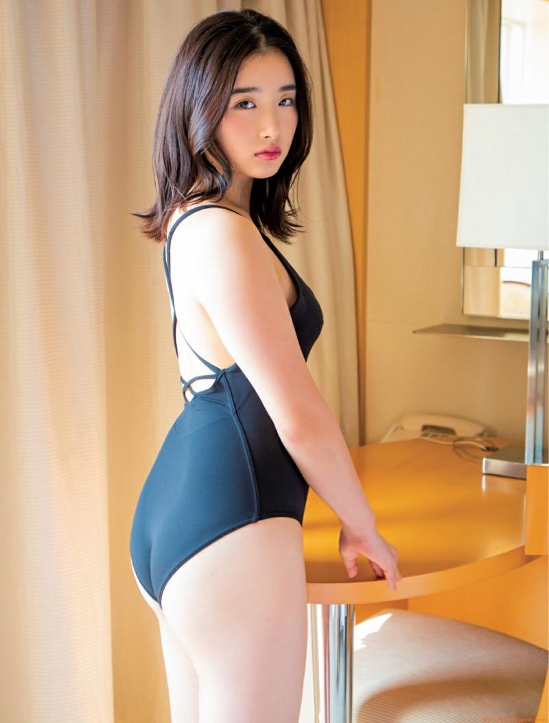 【安倍乙グラビア画像】素朴な雰囲気だけど時々感じるセクシーさが魅力的な10代の太眉美少女 57