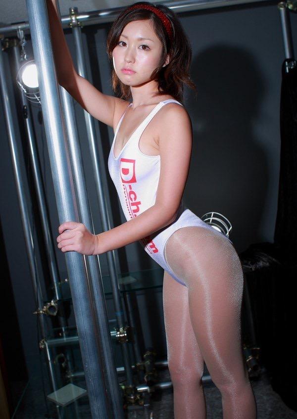 【石川優実グラビア画像】可愛らしい顔してエッチな格好しまくってるギャップがエロいわwwww 22