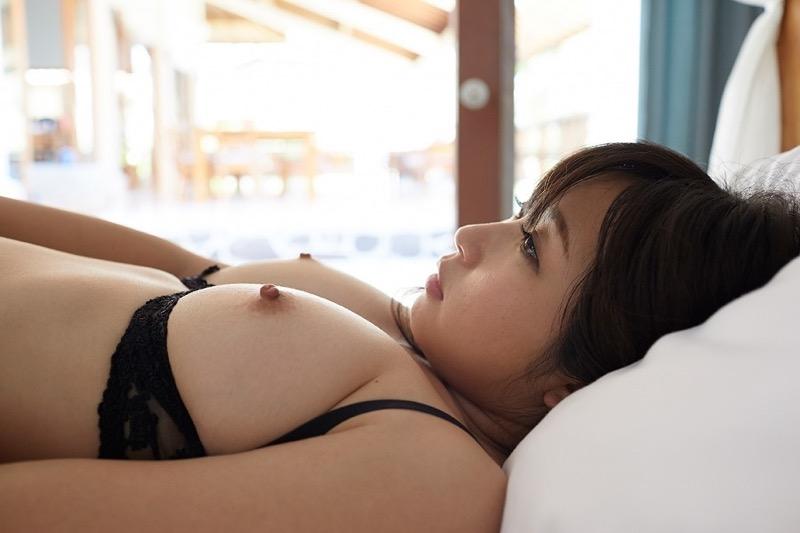 【石川優実ヘアヌード画像】可愛らしかった着エロアイドルがセクシーに育って緊縛や濡れ場に挑戦!