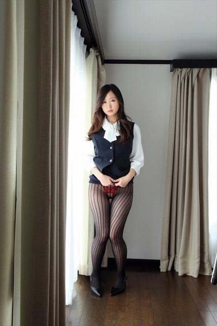 【石川優実ヘアヌード画像】可愛らしかった着エロアイドルがセクシーに育って緊縛や濡れ場に挑戦! 13