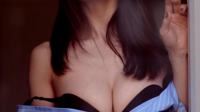 【田中みな実キャプ画像】女子アナなのにグラドル並に身体を作ってるのは脱ぎたがりという痴女だから!? 59