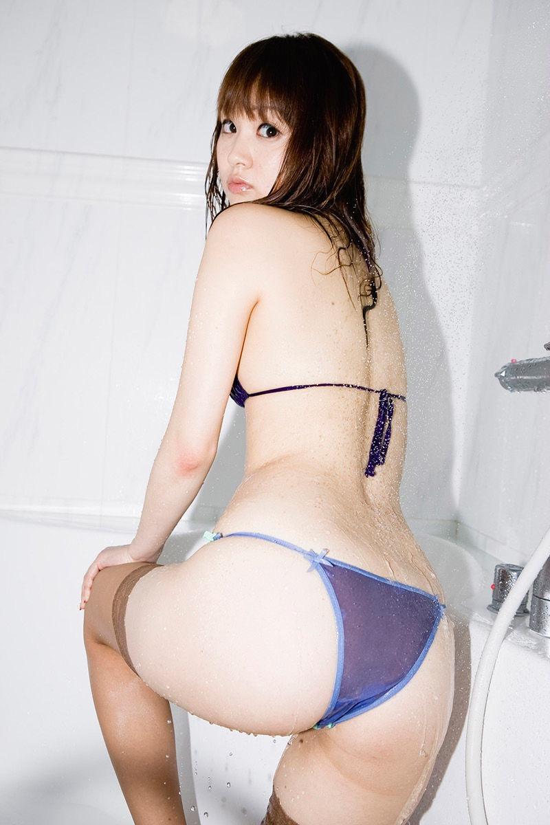【浜田翔子グラビア画像】かつて姉妹でレースクイーンやグラドルとして活躍していたタレントがまさかの引退!? 24