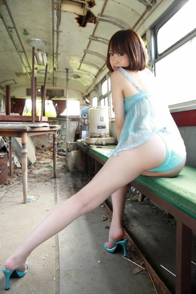 【浜田翔子グラビア画像】かつて姉妹でレースクイーンやグラドルとして活躍していたタレントがまさかの引退!? 50