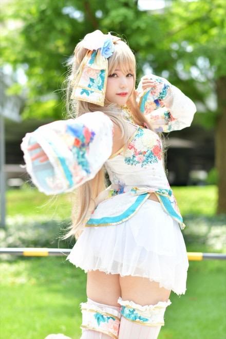 【素人コスプレエロ画像】最新の美少女キャラまでフォローしているレイヤーってやっぱすげぇwwww 12