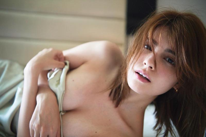 【マギーグラビア画像】高身長でスタイル抜群なハーフ美人モデルのセクシーなランジェリー姿 03