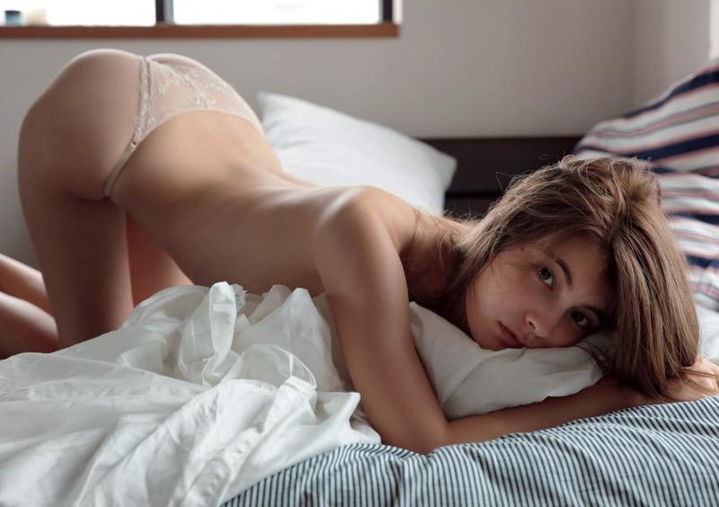 【マギーグラビア画像】高身長でスタイル抜群なハーフ美人モデルのセクシーなランジェリー姿 09