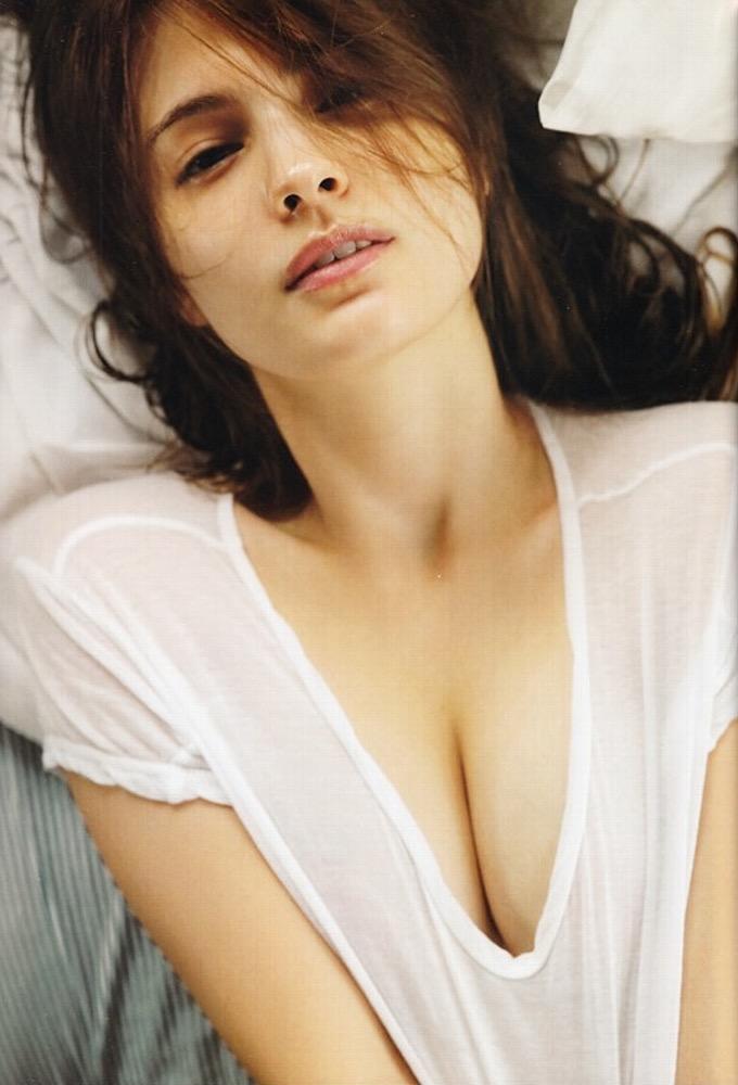 【マギーグラビア画像】高身長でスタイル抜群なハーフ美人モデルのセクシーなランジェリー姿 26