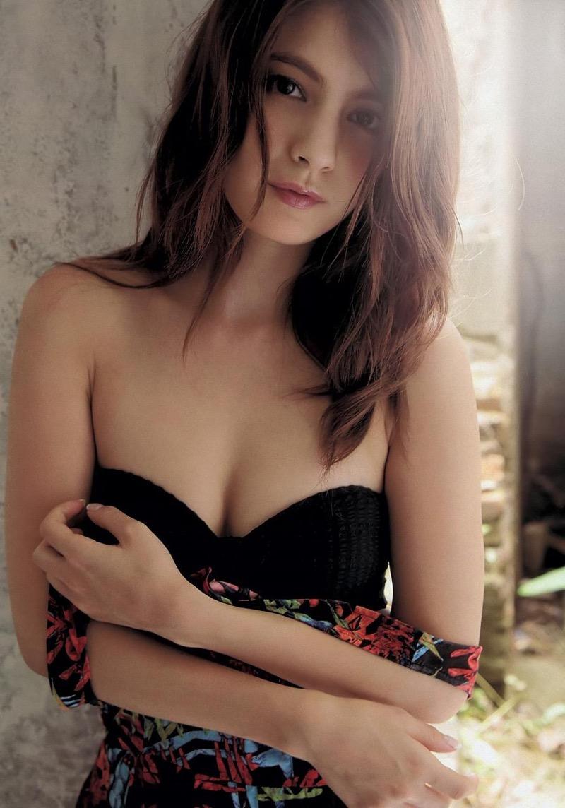 【マギーグラビア画像】高身長でスタイル抜群なハーフ美人モデルのセクシーなランジェリー姿 51