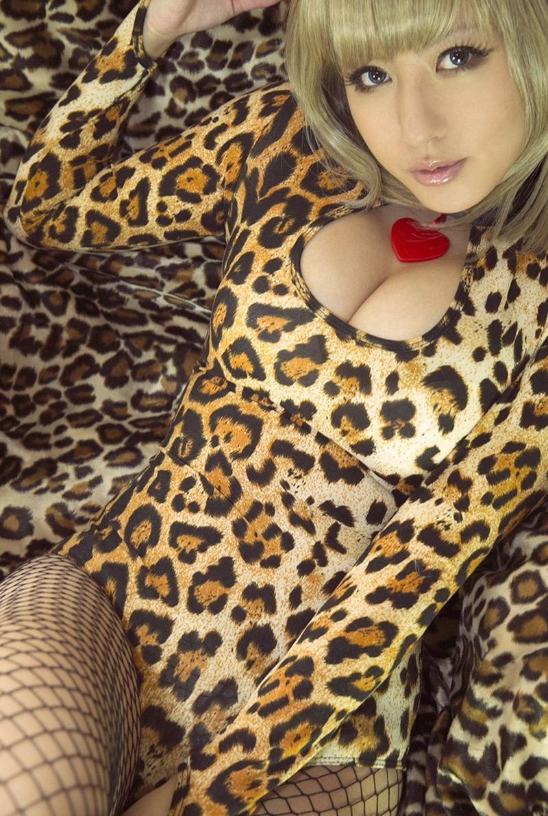 【ヴァネッサ・パンのエロ画像】セクシーでエロ可愛いコスプレがめちゃシコリティ高い台湾美女 42