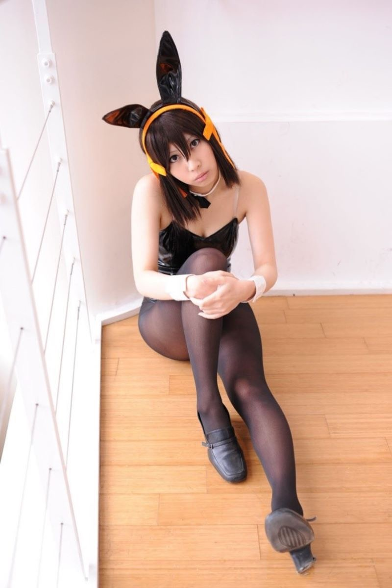 【バニーコスプレ画像】お耳がぴょこんと可愛らしくてセクシーなバニーコスプレ美女がエロい! 25