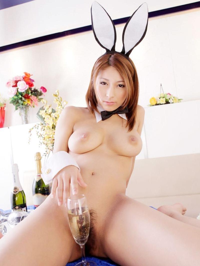 【バニーコスプレ画像】お耳がぴょこんと可愛らしくてセクシーなバニーコスプレ美女がエロい! 65