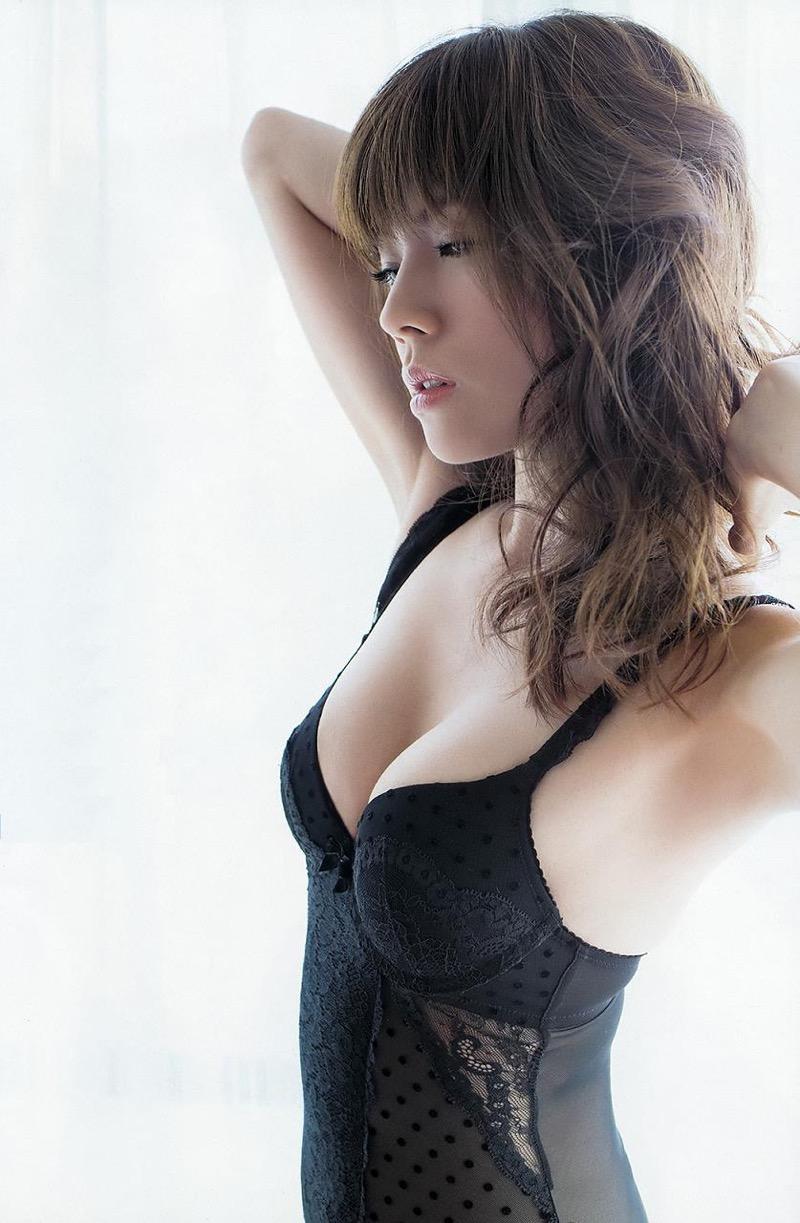 【松川佑依子エロ画像】女子大生やOLとして働きながらグラドルやってたEカップ巨乳美女 14