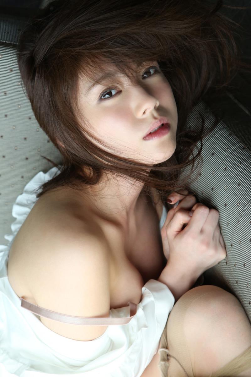 【松川佑依子エロ画像】女子大生やOLとして働きながらグラドルやってたEカップ巨乳美女 35