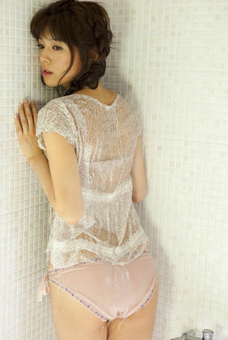【松川佑依子エロ画像】女子大生やOLとして働きながらグラドルやってたEカップ巨乳美女 41