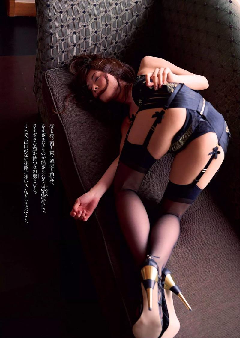 【松川佑依子エロ画像】女子大生やOLとして働きながらグラドルやってたEカップ巨乳美女 68
