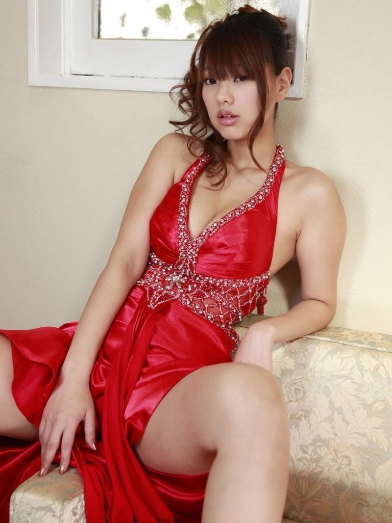 【松本さゆきグラビア画像】ぷっくりした厚めの唇が魅力的なGカップ巨乳のグラビアアイドル 06