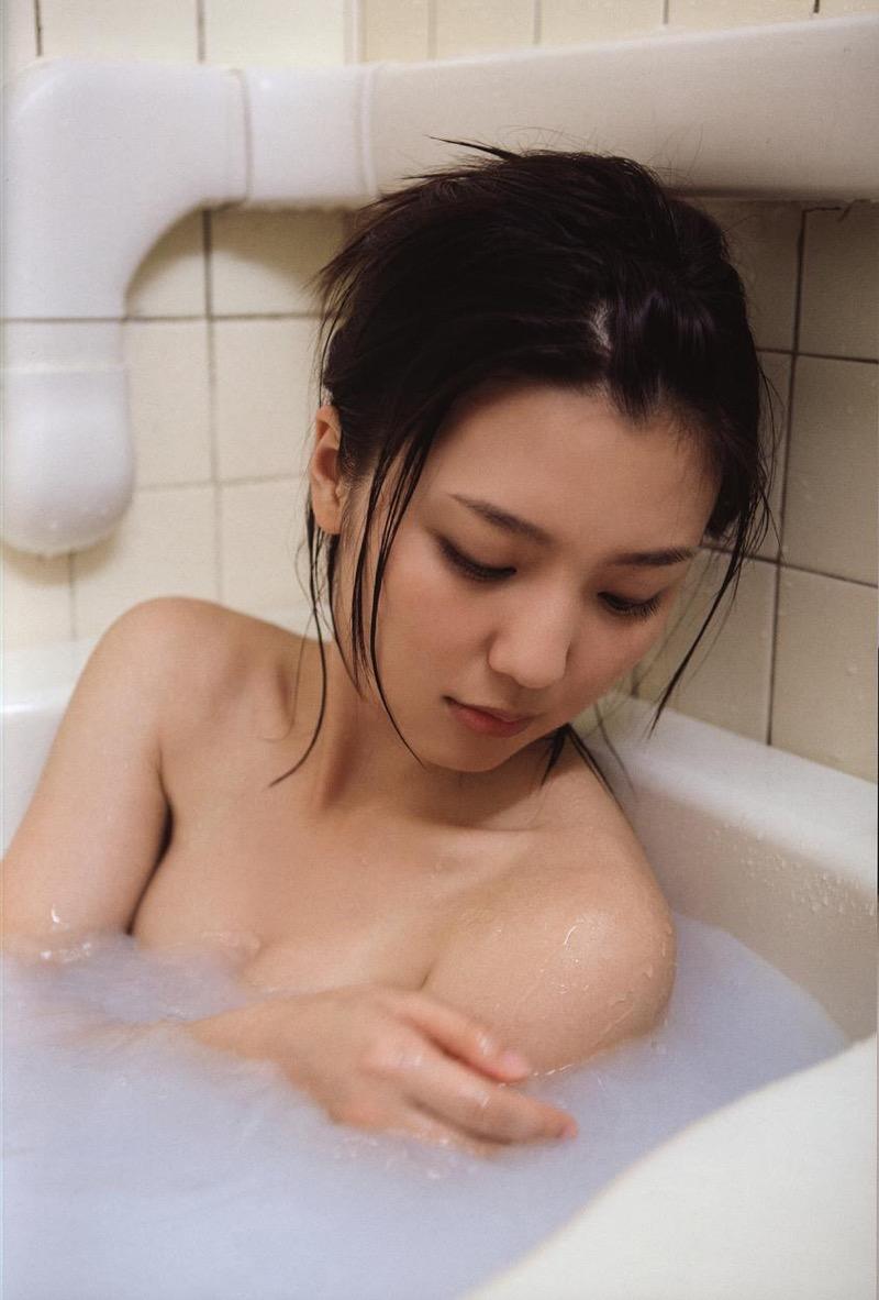 【真野恵里菜グラビア画像】元ハロプロ系アイドルのセクシーでちょっとエッチな水着姿! 34
