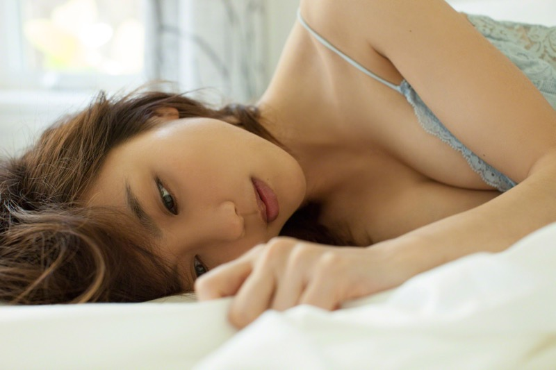 【真野恵里菜グラビア画像】元ハロプロ系アイドルのセクシーでちょっとエッチな水着姿! 80
