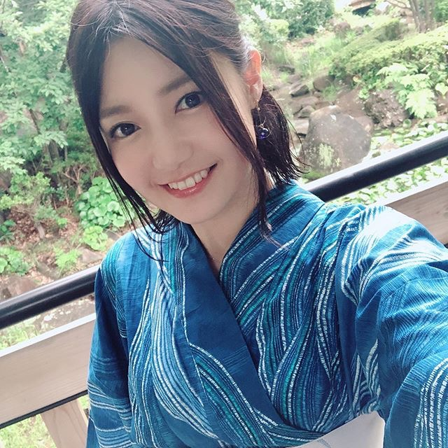 【古崎瞳エロ画像】30歳台で初めて撮ったイメージDVDを発売すると共にグラビア卒業を決意! 51