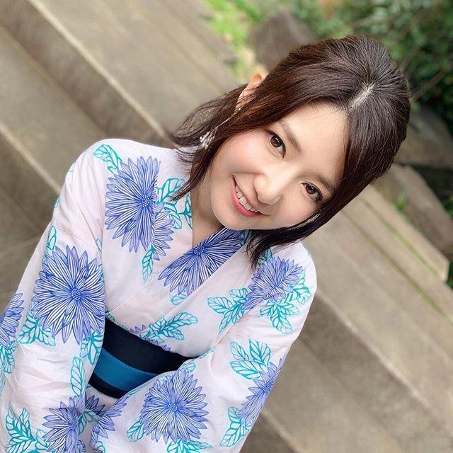 【古崎瞳エロ画像】30歳台で初めて撮ったイメージDVDを発売すると共にグラビア卒業を決意! 53