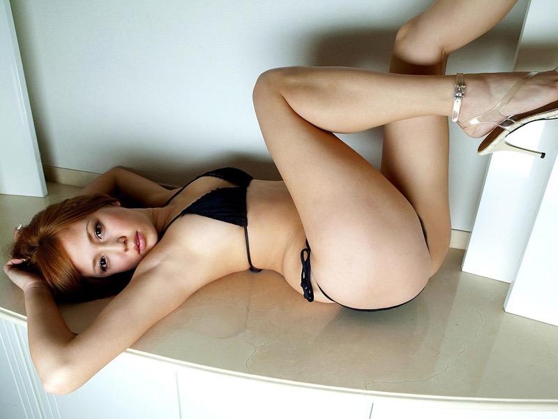 【丸高愛美グラビア画像】太めのウエストでもそれ以上に大きなお尻がとてもエロいEカップグラドル 72