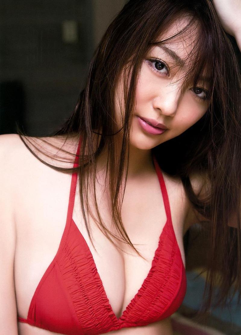 【みうらうみグラビア画像】ファッションモデルの綺麗なスレンダーボディと胸元のホクロがエロい! 37