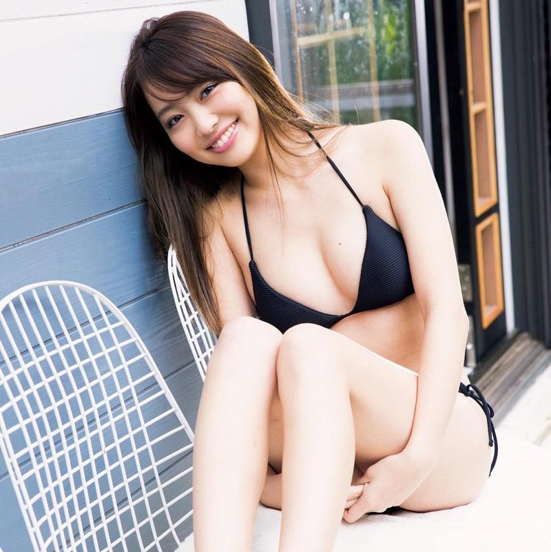 【みうらうみグラビア画像】ファッションモデルの綺麗なスレンダーボディと胸元のホクロがエロい! 47