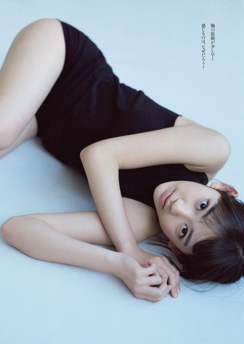【宮脇咲良グラビア画像】透明感のある美肌がキレイな美少女系AKB48アイドルのエッチなビキニ姿 55