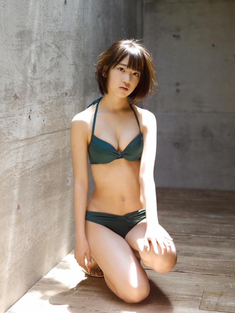 【宮脇咲良グラビア画像】透明感のある美肌がキレイな美少女系AKB48アイドルのエッチなビキニ姿 66