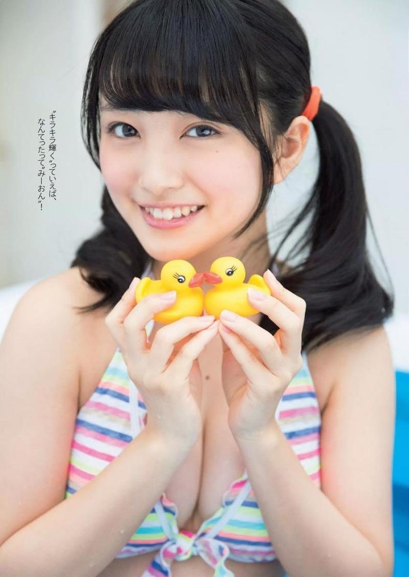 【向井地美音グラビア画像】AKB48の3代目総監督に任命された現役アイドルの谷間全開ビキニ! 17