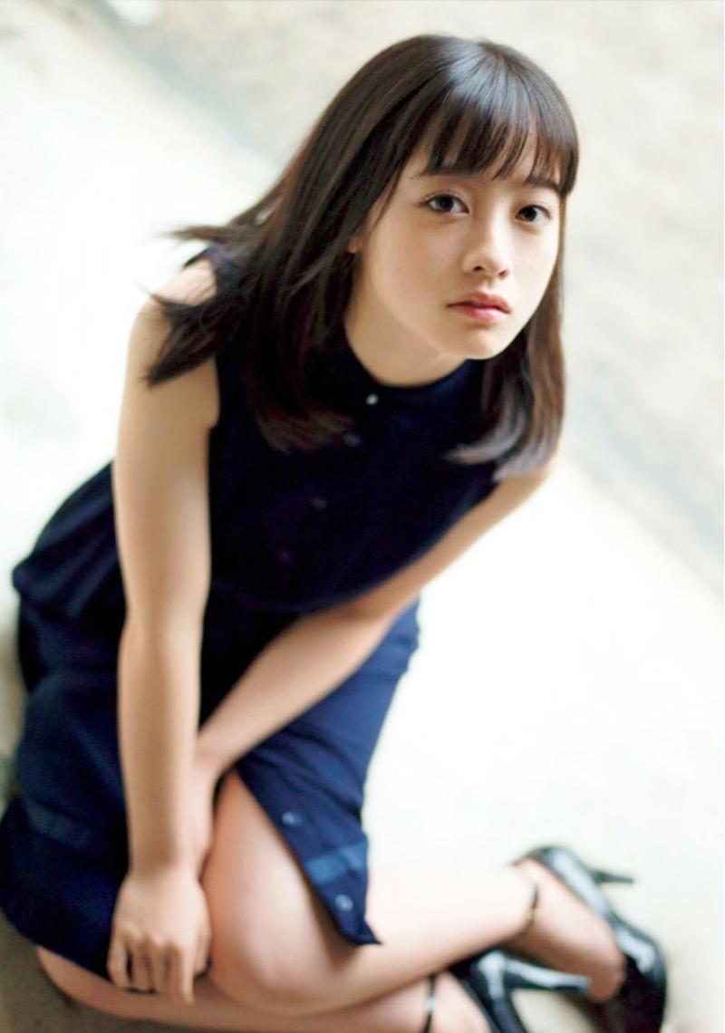 【橋本環奈グラビア画像】アイドル活動中に偶然撮られた1枚の写真で大ブレイクした奇跡の美少女 27