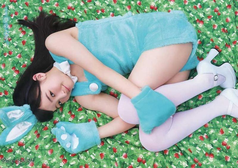 【橋本環奈グラビア画像】アイドル活動中に偶然撮られた1枚の写真で大ブレイクした奇跡の美少女 76
