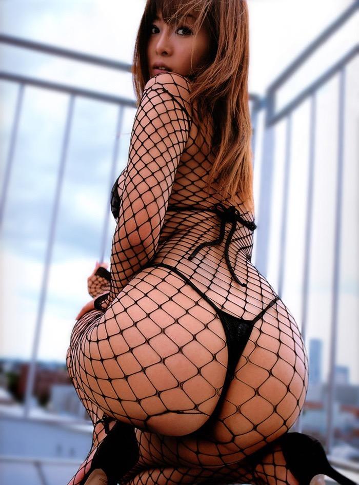 【ランジェリーエロ画像】網タイツが似合っているセクシーな美女達に俺のムスコが大悦びwwww 05