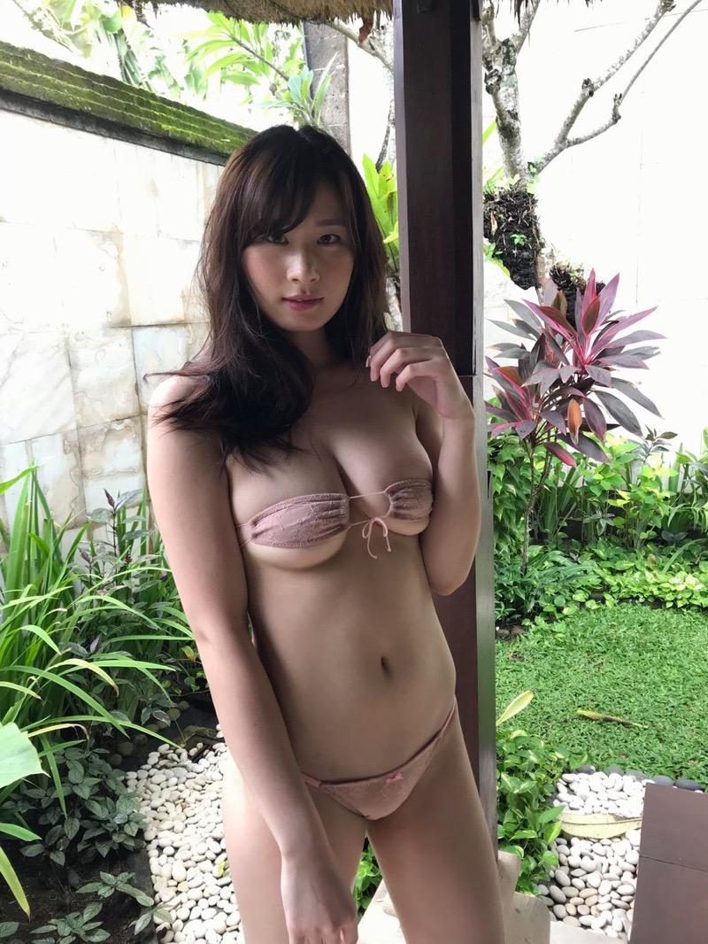 【清瀬汐希エロ画像】Gカップおっぱいをギリギリまで見せつける長身グラドルの着エロがめちゃシコ! 44