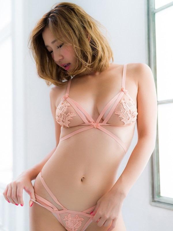 【COCOグラビア画像】ハメ撮りチャットがバレて引退した石原佑里子が改名してグラビア復活! 17