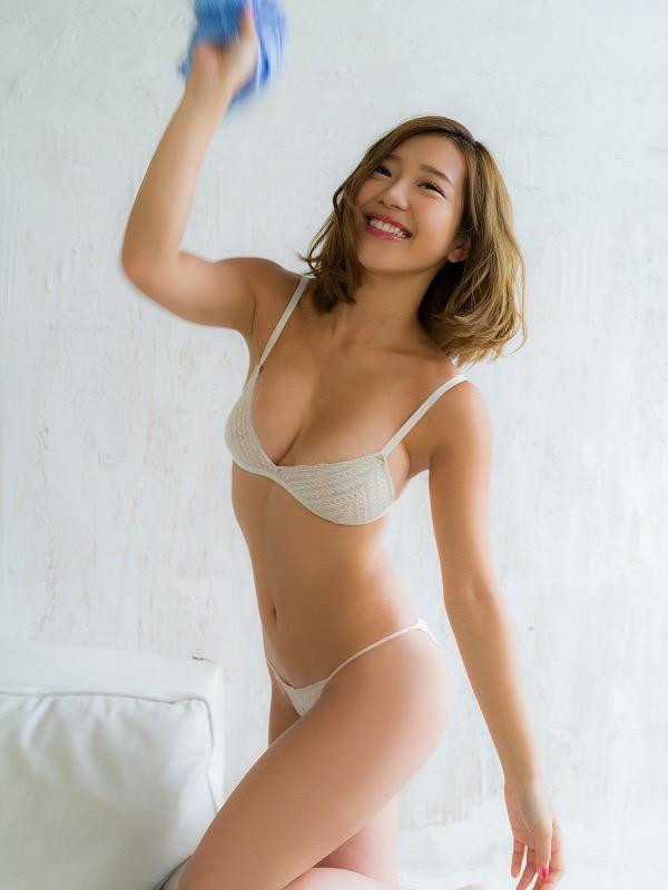 【COCOグラビア画像】ハメ撮りチャットがバレて引退した石原佑里子が改名してグラビア復活! 31