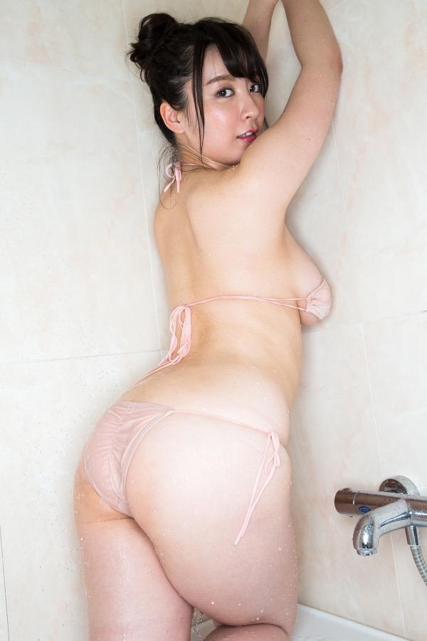 【紺野栞エロ画像】Hカップ爆乳が売りのグラビアアイドルがカップ数を縮める手術を受けるってマジかwwww 29