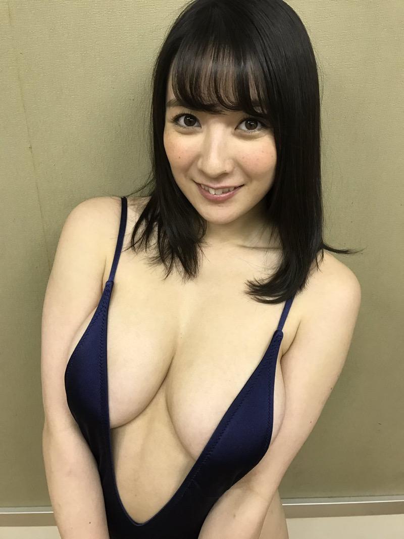 【紺野栞エロ画像】Hカップ爆乳が売りのグラビアアイドルがカップ数を縮める手術を受けるってマジかwwww 59