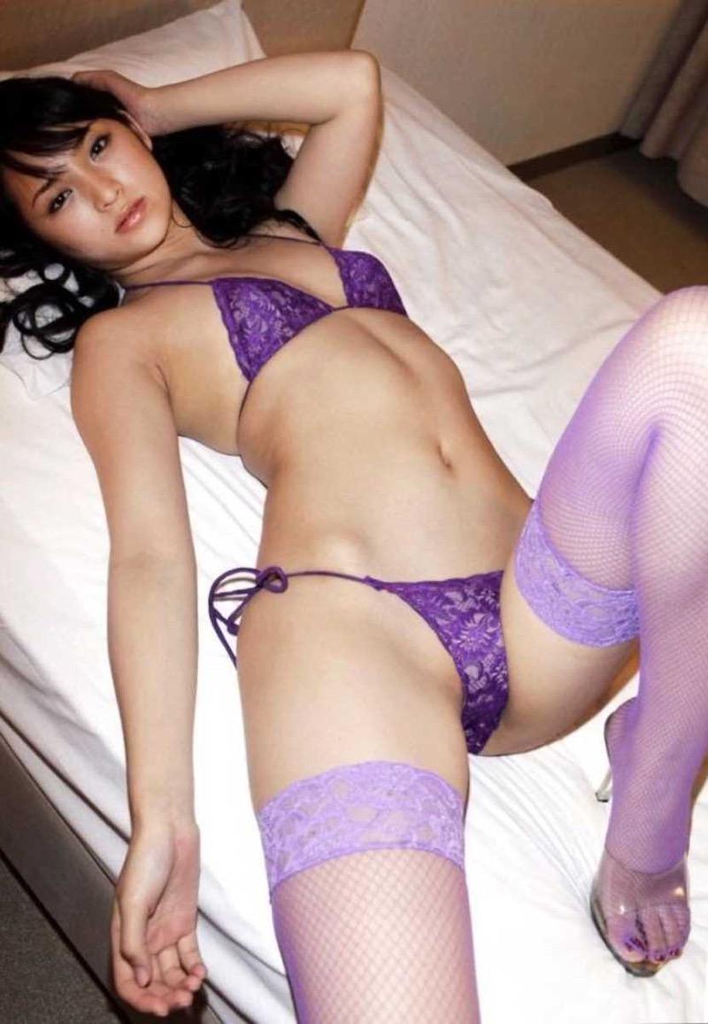 【タレント下着エロ画像】綺麗な美人タレント達が身につけたセクシーランジェリー姿がめちゃシコい! 37