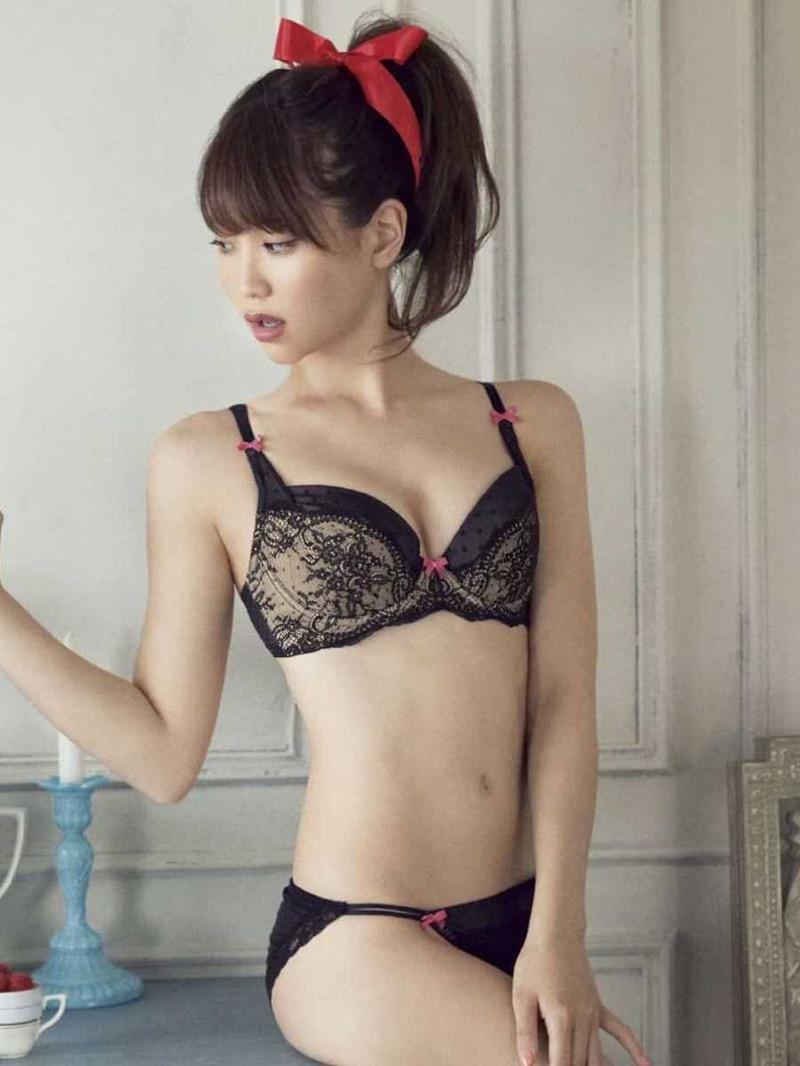 【タレント下着エロ画像】綺麗な美人タレント達が身につけたセクシーランジェリー姿がめちゃシコい! 58