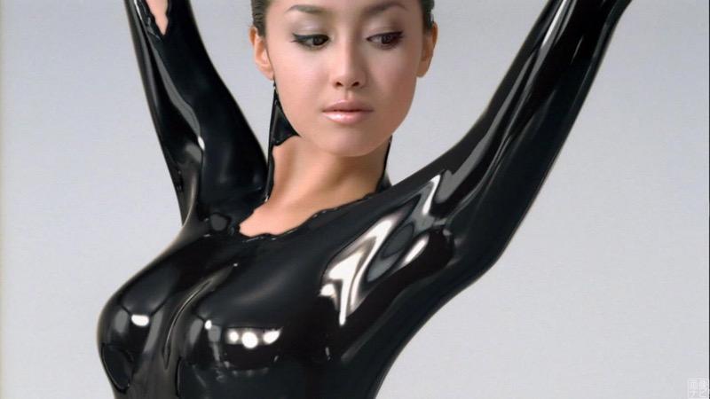 【沢尻エリカエロ画像】芸能界のお騒がせ美人女優がセクシーなエロい姿でグラビアや濡れ場に挑む!