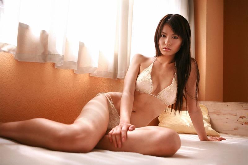 【キュートな下着エロ画像】可愛くてエッチなランジェリーを身にまとった女の子達がめちゃシコいwwww 11