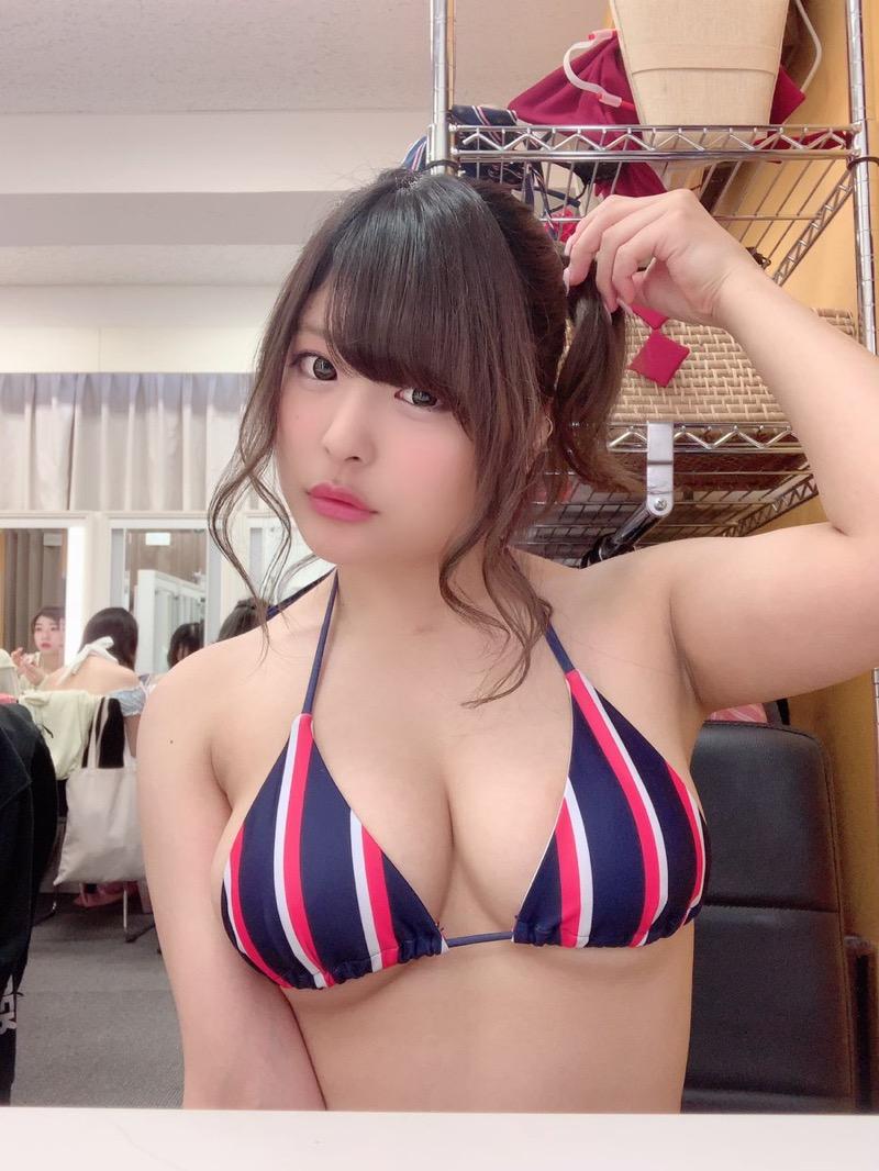 【綾瀬凛エロ画像】B86のGカップ巨乳とファーストDVDを引っさげてデビューを果たしたグラビアアイドル 39
