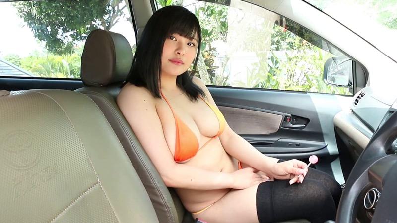 【綾瀬凛エロ画像】B86のGカップ巨乳とファーストDVDを引っさげてデビューを果たしたグラビアアイドル 61