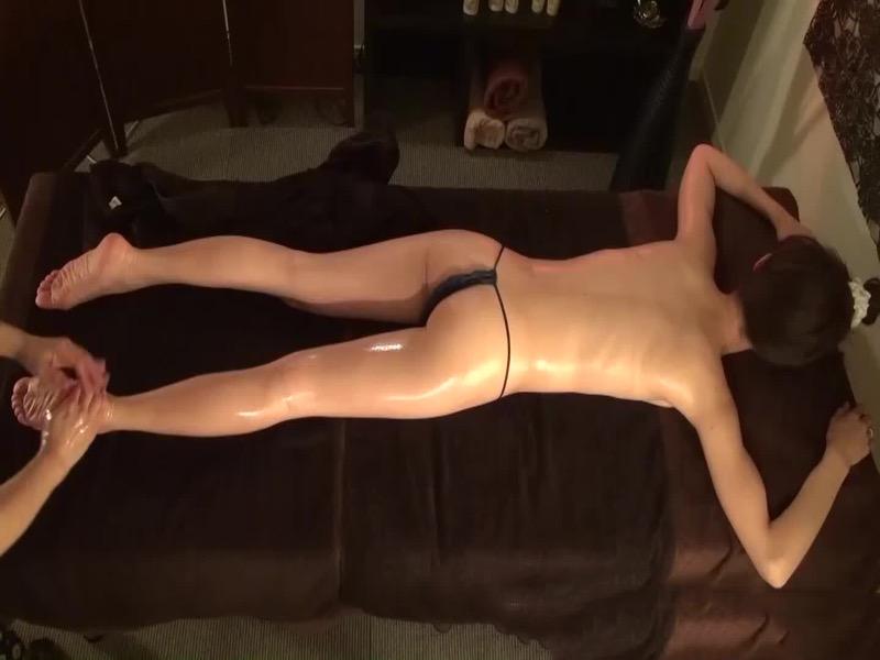 【風俗エステエロ画像】男も女も全身くまなくマッサージされて性感帯まで気持ち良くなっちゃったwwww 70