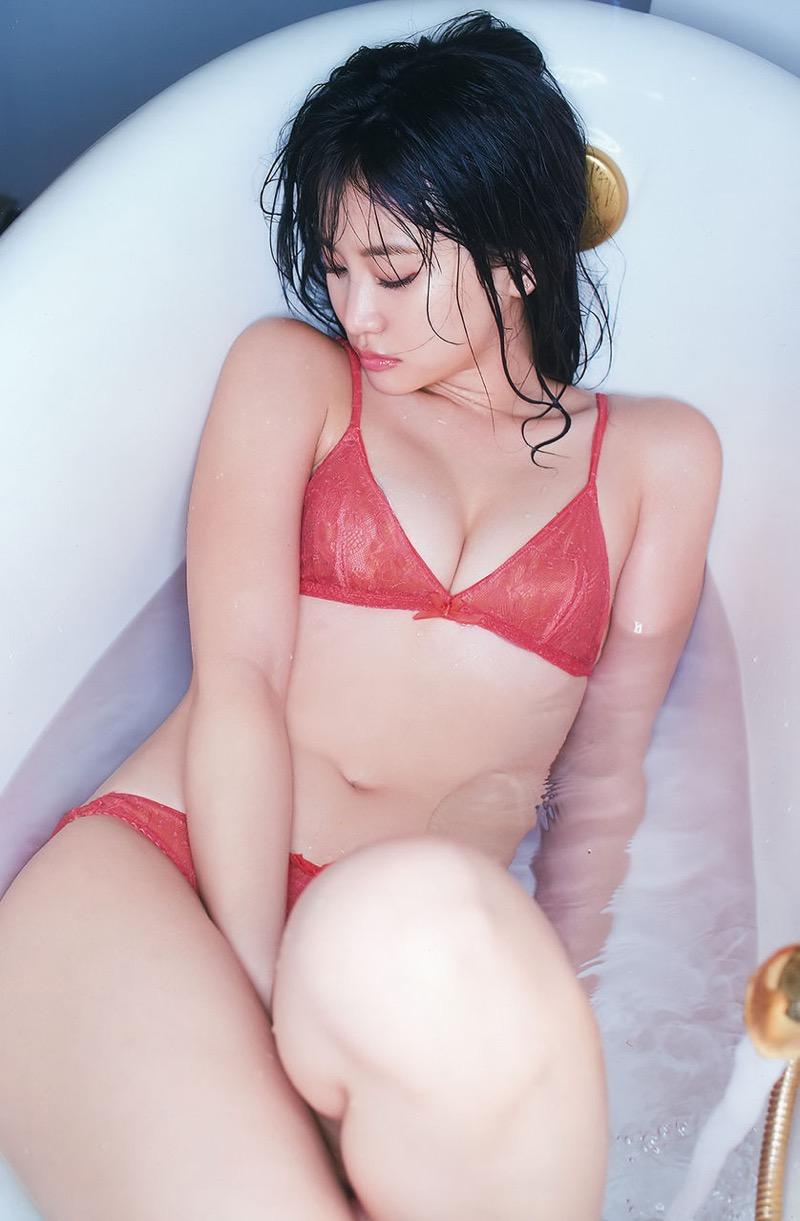 【永尾まりやグラビア画像】元AKB48アイドルが披露するグラビアアイドルにも負けないセクシーショット! 14