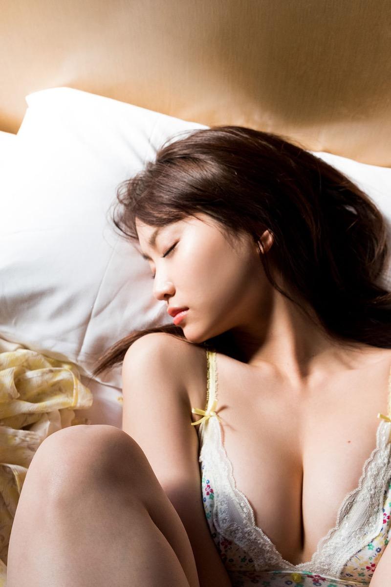 【永尾まりやグラビア画像】元AKB48アイドルが披露するグラビアアイドルにも負けないセクシーショット! 22